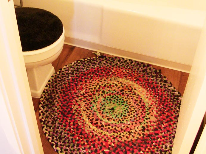 DIY T-Shirt Bath Mat